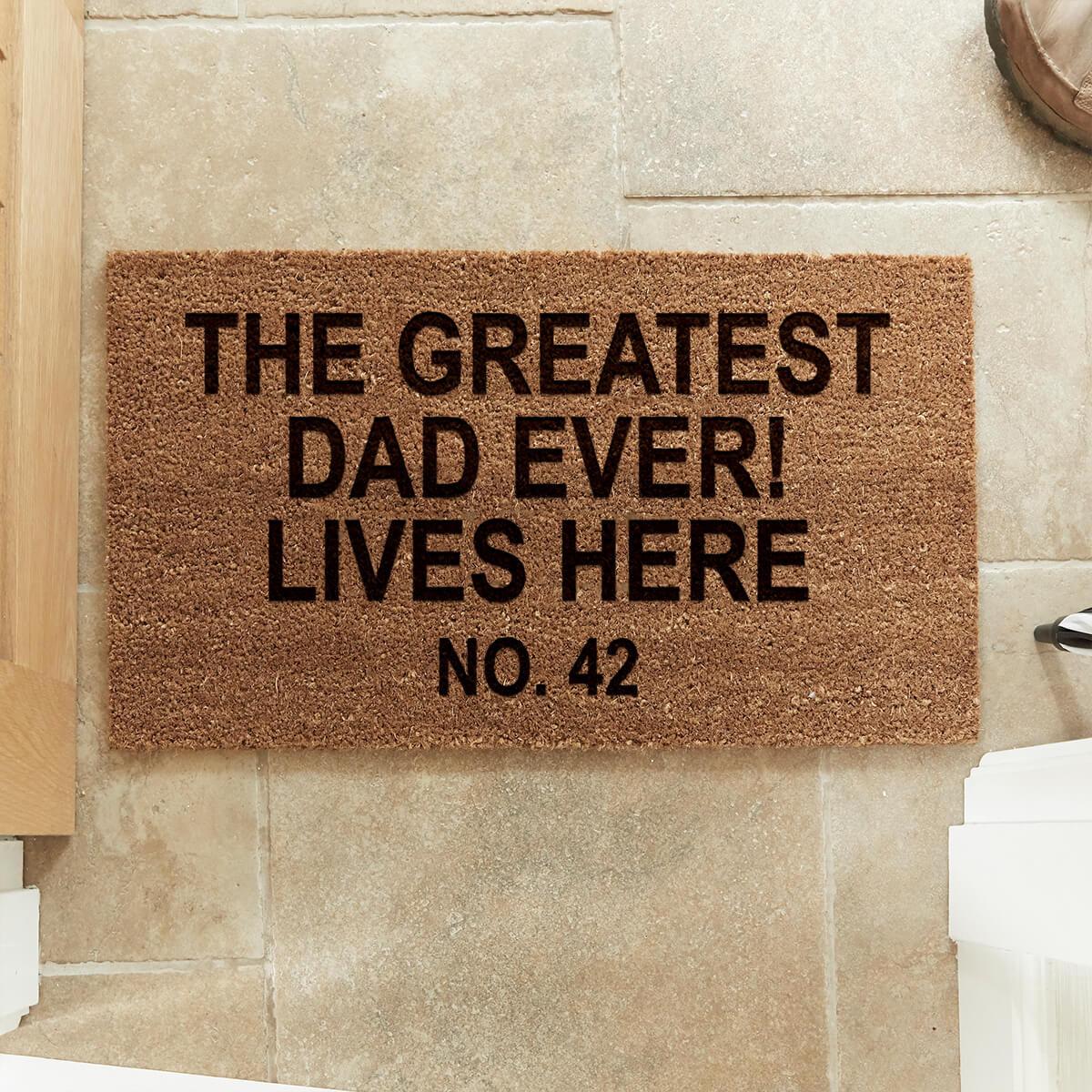 personalsied Best Dad Lives Here Coir Doormat