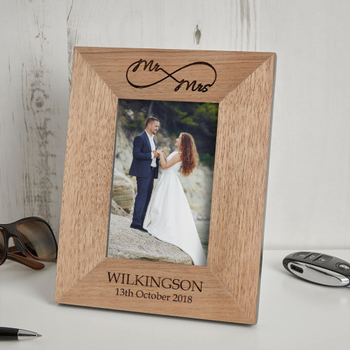 personalised infinity wood photo frame